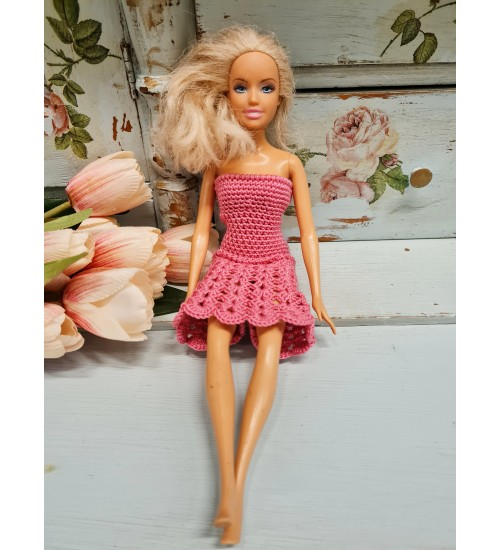 Heegeldatud kleit  Barbiele