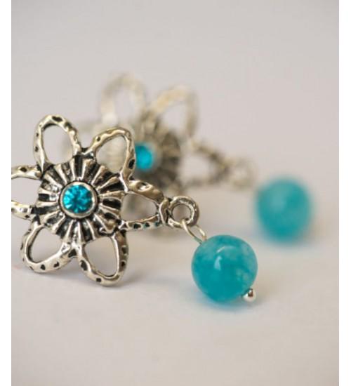 Lillekujulised sinised kõrvarõngad