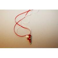 Punase roosi tikandiga kaelakee