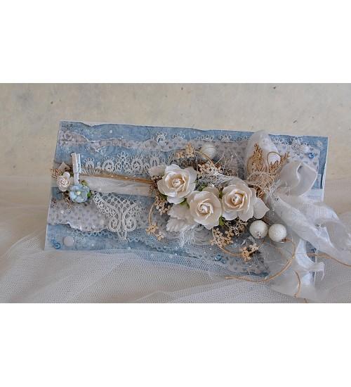 Romantiliselt sinine õnnitluskaart rahataskuga