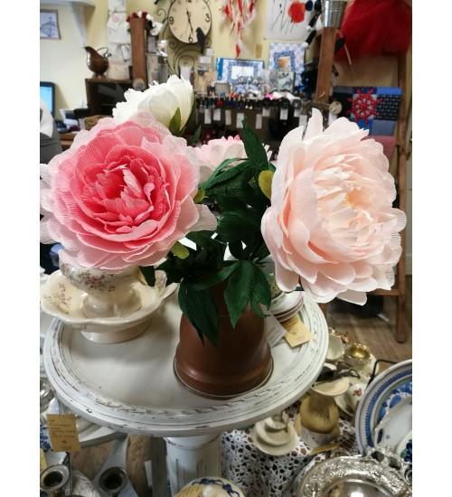 Roosa, dekoratiivne käsitöölill