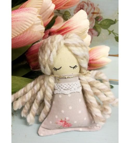 """Armas väike õmmeldud nukuke """"Aira"""""""