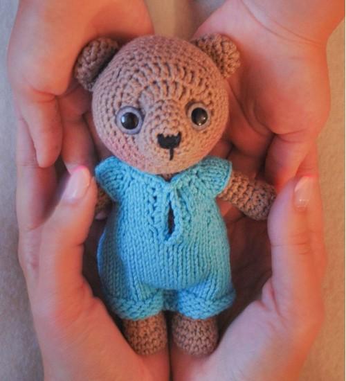Heegeldatud väike karu