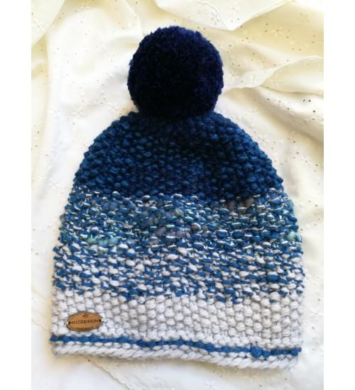 Hallides ja sinistes toonides tutimüts