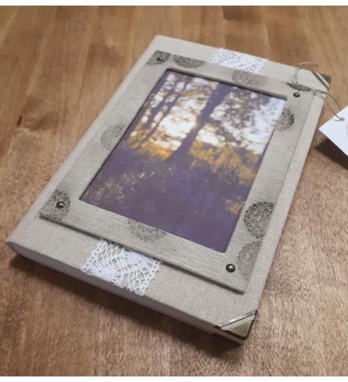 """Linane märkmik """"Päikesepaiste läbi metsa"""""""