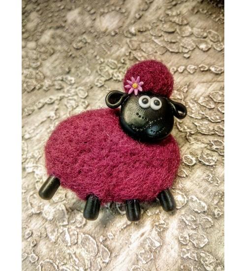 Lillega ja lillat värvi lambapross