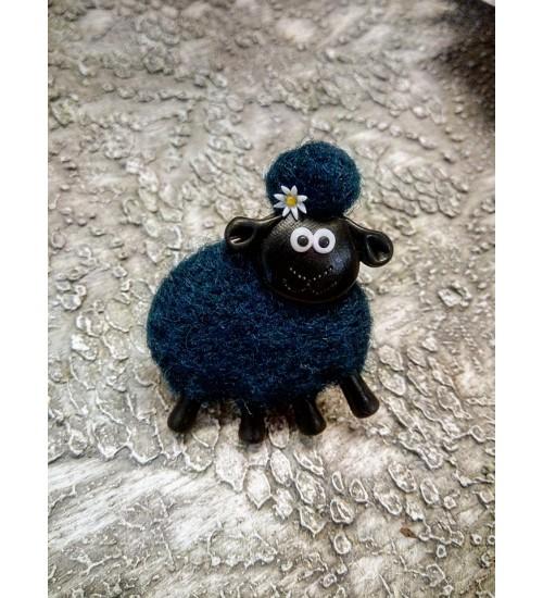 Lillekese ja sinist värvi lambapross