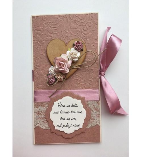 Ilusa luuletusega, tumeroosa paelaga õnnitluskaart