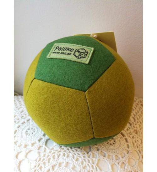 Õmmeldud vildist pall, roheline