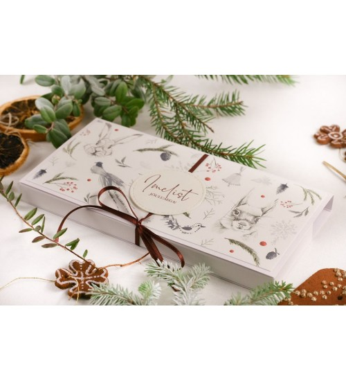 """Šokolaaditasku Metsloomade ja Tekstiga """"Imelist jõuluaega!"""" (Punase paelaga)"""