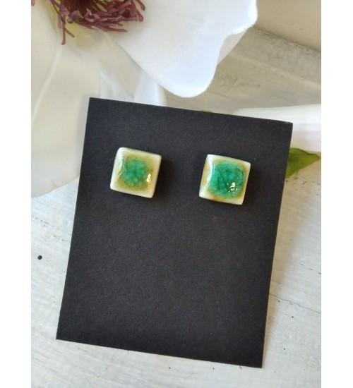 Portselanist pisikesed ruudukujulised kõrvarõngad, roheline
