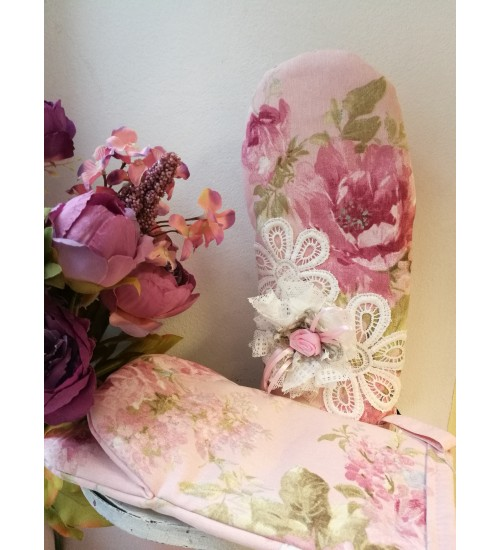 Romantilised roosidega pajakindad